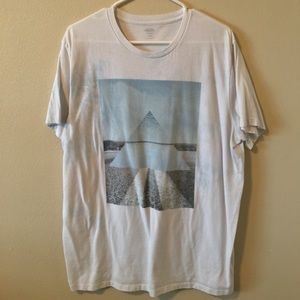 old navy graphic t shirt